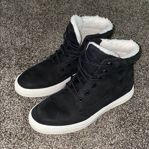 Timberland Ankle Boots With fur lining 6.5